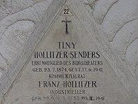 Feuerhalle Simmering - Arkadenhof (Abteilung ALI) - Tiny Hollitzer-Senders 02.jpg