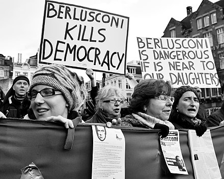 Anti-Berlusconi demonstration, held during his visit to Amsterdam in 2009 Flickr - NewsPhoto! - Italianen protesteren in Amsterdam.jpg