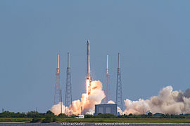 Flight 19 of the Falcon 9 rocket which will launch the SpaceX CRS-7 spacecraft on 28 June 2015.jpg