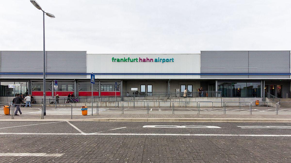 Ankunft Frankfurt Hahn Flughafen