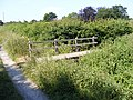 Footbridge on the footpath Hubbard's Hill to the Mounts - geograph.org.uk - 1384779.jpg