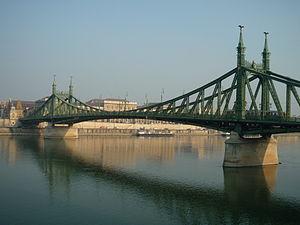 Liberty Bridge (Budapest) - Image: Freedom Bridge Budapest
