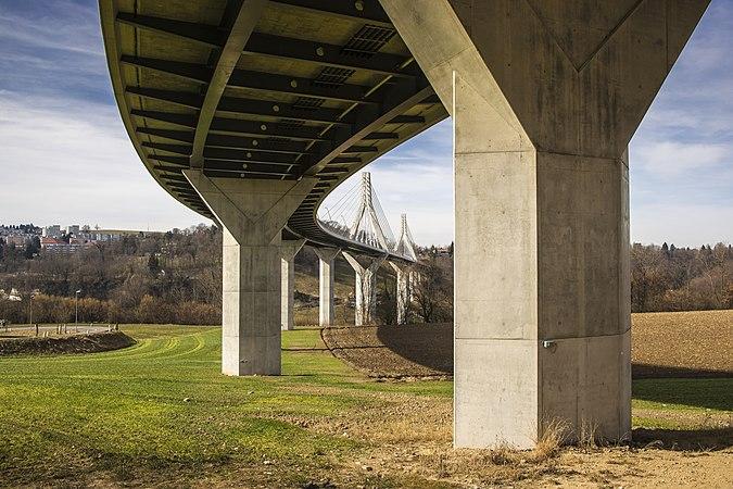 Fribourg, Poya-Brücke 02.jpg