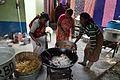 Frying Vegetable Pakora - Simurali 2015-01-30 5488.JPG