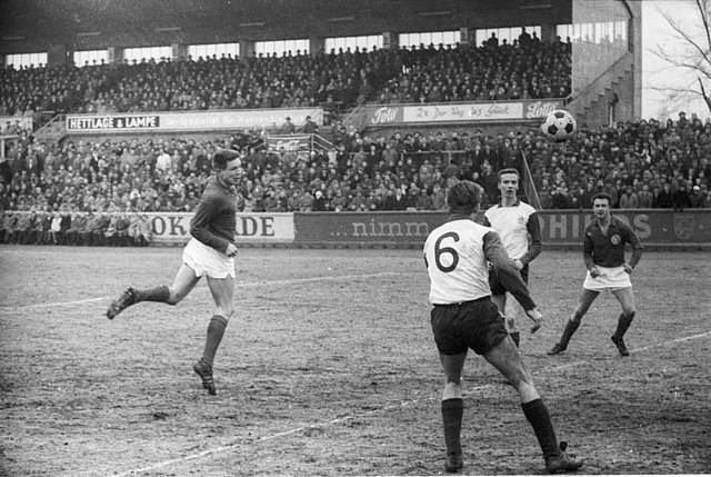 Kiel Gegen St Pauli