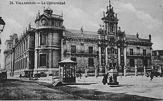 Facade of the University of Valladolid - Old picture of the university.