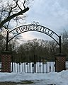 Furnessville Cemetery - panoramio.jpg