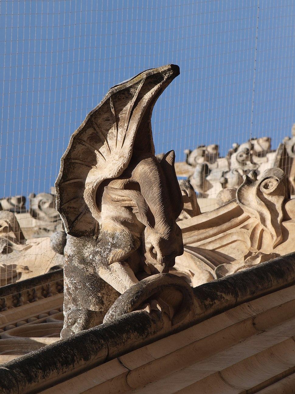 Gárgola dragón