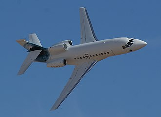 Dassault Falcon 900 - A Falcon 900EX during a flyby
