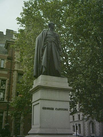 Памятник Каннингу на Парламентской площади в Лондоне (1832).