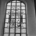 Glas in loodvenster in het bovendeel van het koor - Gouda - 20081869 - RCE.jpg