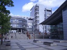Glasgow caledonian university campus.jpg