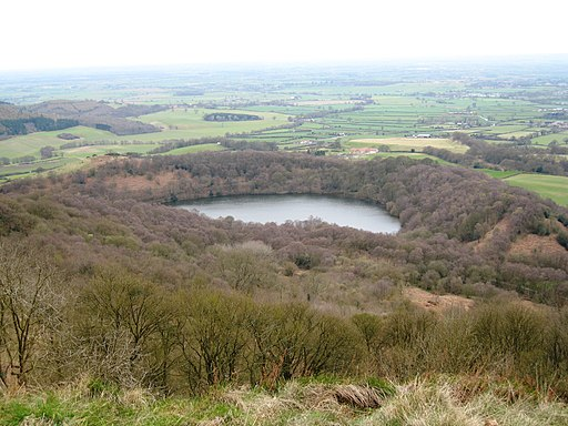 Gormire Lake - geograph.org.uk - 1805105
