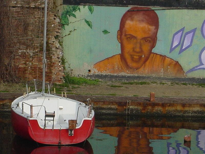 File:Graffiti - Rimini - Foto Giovanni Dall'Orto, aprile 2004 02.jpg