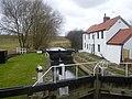 Gringley top lock. - geograph.org.uk - 1738350.jpg