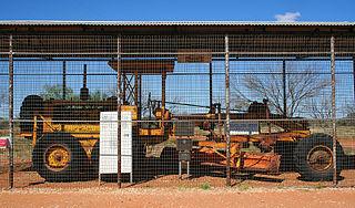 Gunbarrel Road Construction Party Team of Australian road builders