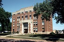 Haakon County Courthouse.jpg