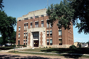 Haakon County Courthouse.jpg