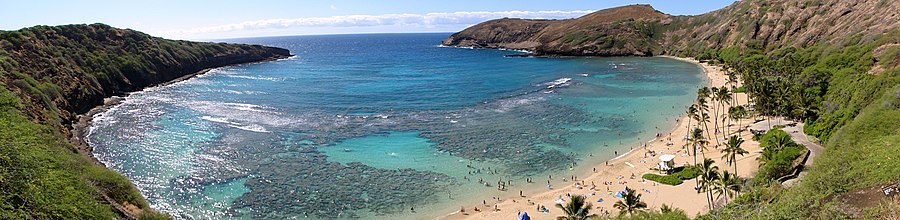 Hanauma Bay Panoramic View.JPG