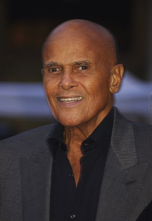 English: Harry Belafonte at the Vanity Fair pa...