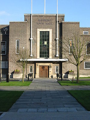 Municipal Borough of Romford - Image: Havering town hall london entrance
