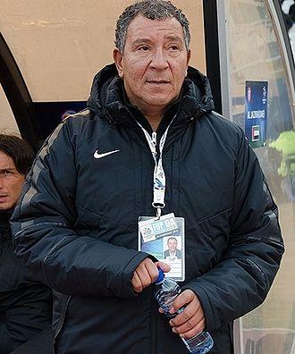 Henk ten Cate - Ten Cate with Al Jazira in 2016