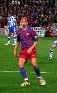 Henrik Larsson na vitoriosa temporada 2005 06. Foram dele e de um jovial  Andrés Iniesta os dois passes para os gols na vitória contra o Arsenal na  final da ... 6e94bc42fb8ae