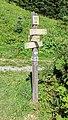 Hiking sign at Lac des Plagnes.jpg
