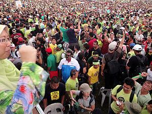 "Fuziah Salleh - 15,000 people were gathering at the Kuantan Municipal Council field for ""Himpunan Hijau 2.0"" (Anti-Lynas Green Rally 2.0) on 26 February 2012"
