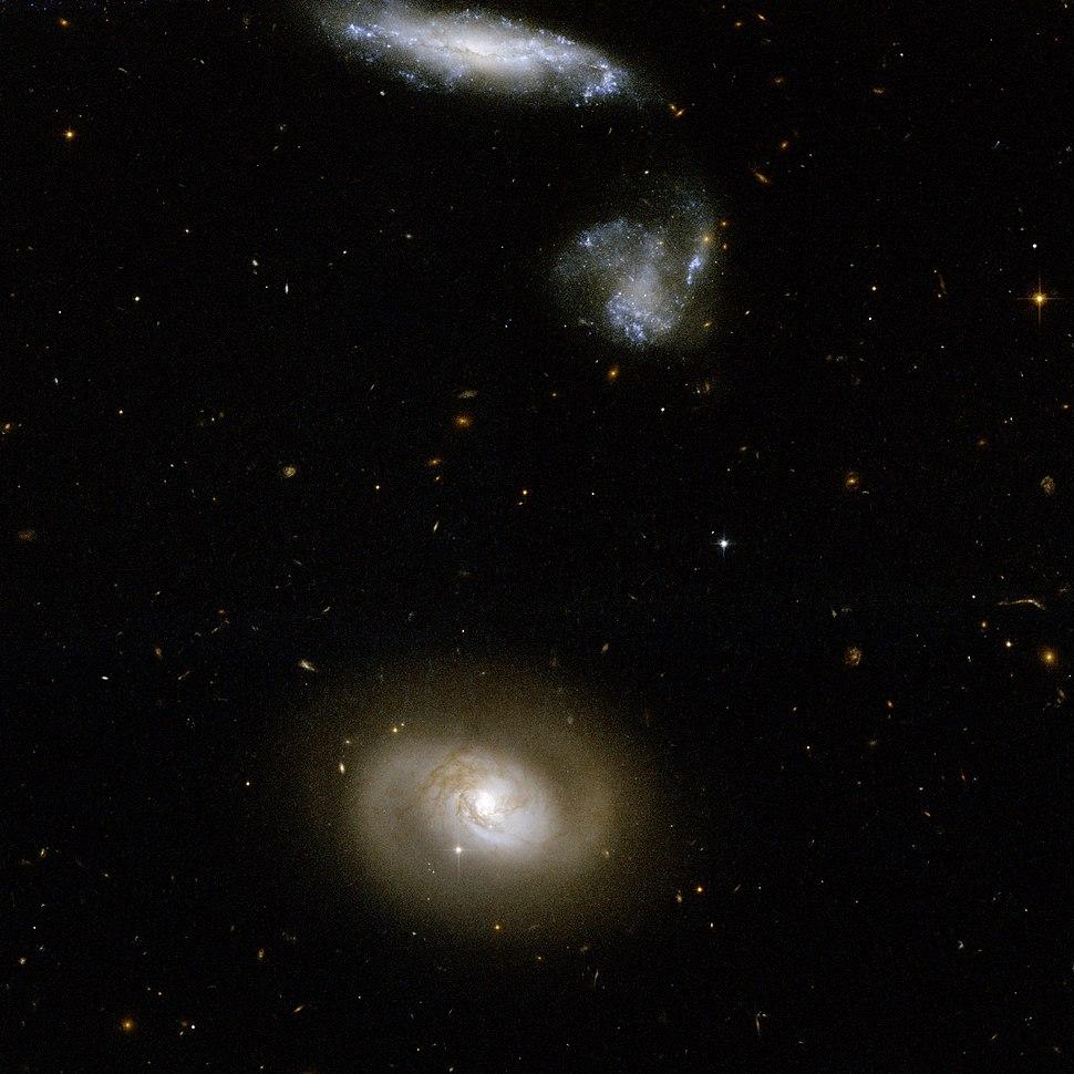 Hubble Interacting Galaxy UGC 12812 (2008-04-24)