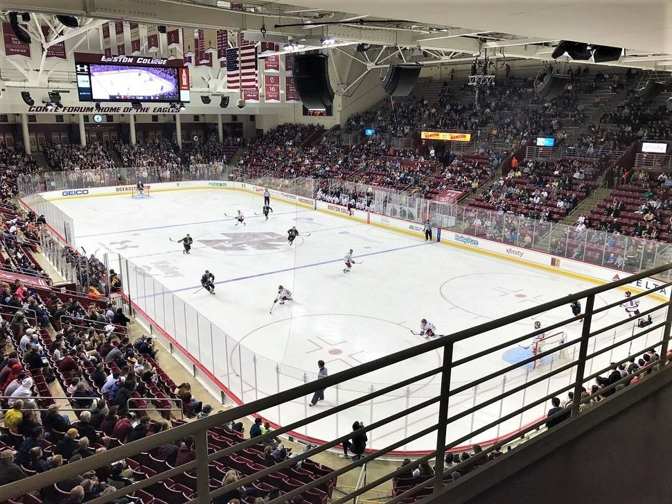 Ice Hockey Conte Forum