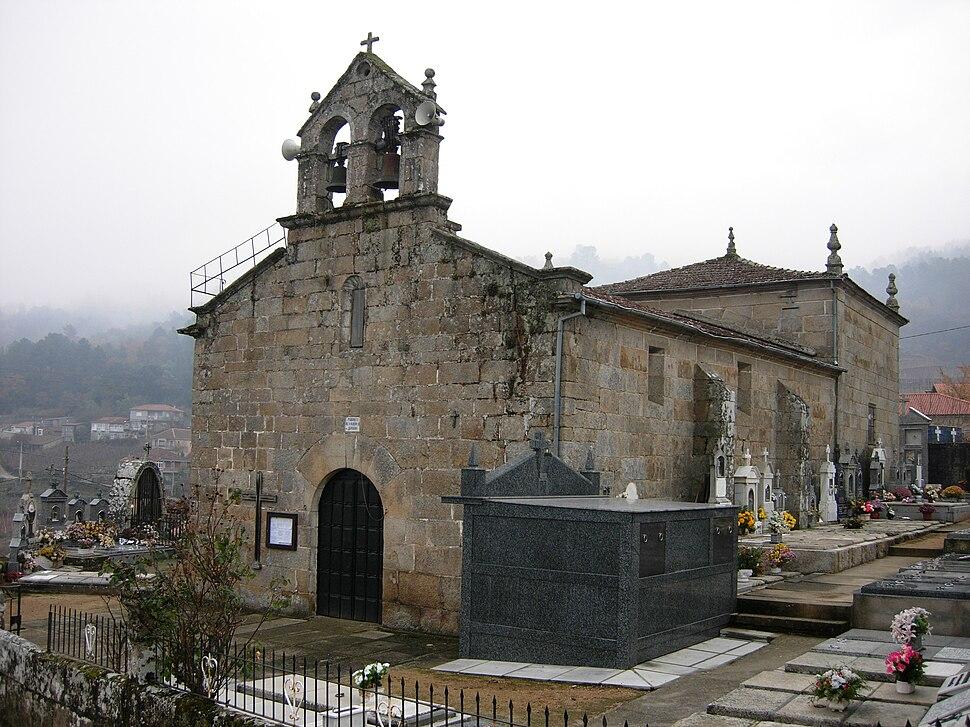 Igrexa de San Martiño de Alongos, Toén