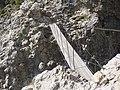 Il famoso ponte sospeso della Brigata Tridentina - panoramio.jpg