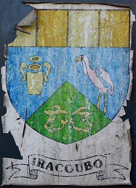 Iracoubo: coat of arms on a sign in the city.