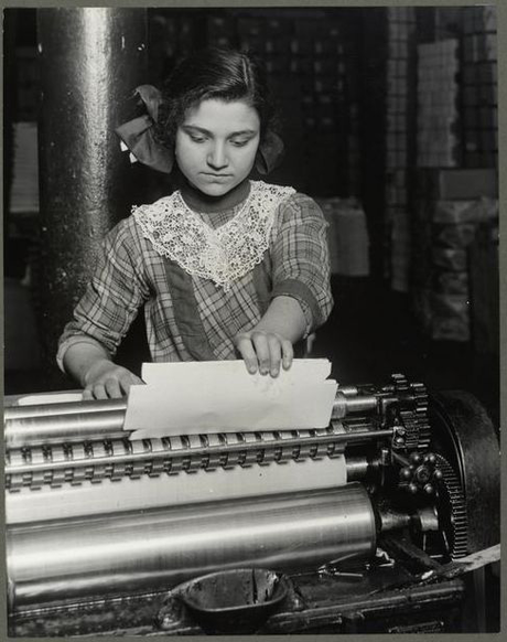 A fourteen year old Italian girl working at a Paper-Box factory (1913) Italian Girl (14yo) Paper Box Factory 1913.png