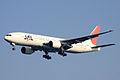 JAL B777-200(JA008D) (4083134144).jpg