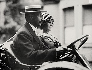 Madeleine Astor - Madeleine with Colonel Astor.