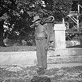 Janko Kos, marelar iz Zagreba (Selska cesta 35) na Javorovici 1952.jpg