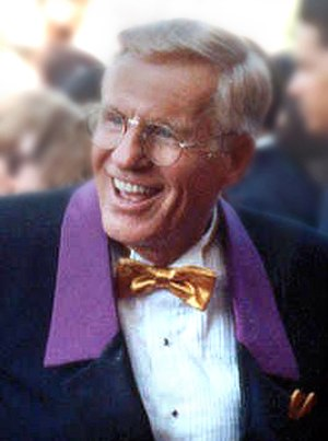 Jerry Van Dyke - Van Dyke at the 1990 Emmy Awards