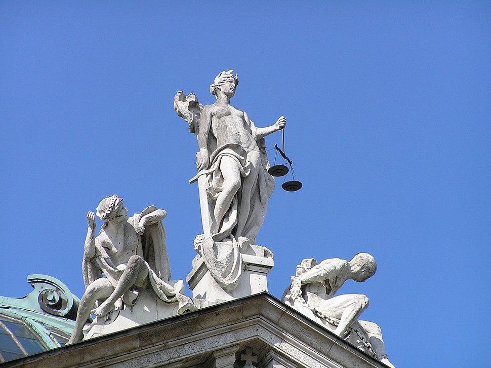 Justitia Justizpalast Muenchen