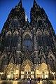 Kölner Dom bei Dämmerung.jpg