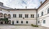 Köttmannsdorf Hollenburg Burganlage Innenhof SW-Trakt 13072018 3895.jpg