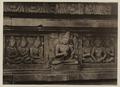 KITLV 40047 - Kassian Céphas - Reliefs on the terrace of the Shiva temple of Prambanan near Yogyakarta - 1889-1890.tif