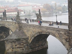 Karlův most 2051.jpg