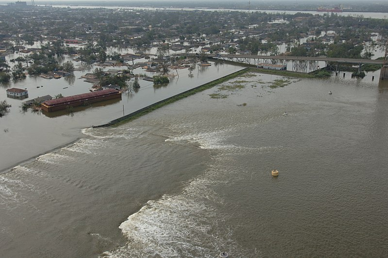 Katrina NOLA levee break FEMA.jpg