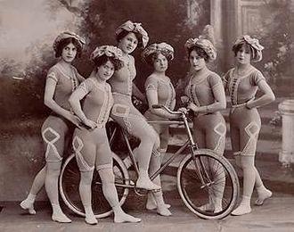 Artistic cycling - Kaufmann's Cycling Beauties