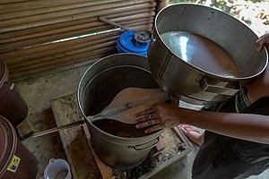 Lihing - Image: Kg Kuai Kandazon Sabah Monsopiad Cultural Village 17