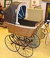 Kinderwagen, historisch.jpg