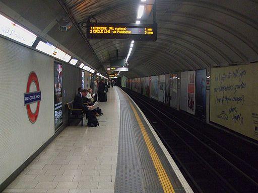 King's Cross St Pancras (Circle) stn anticlockwise look clockwise