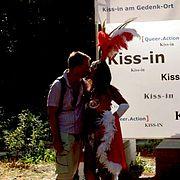 KissIn2